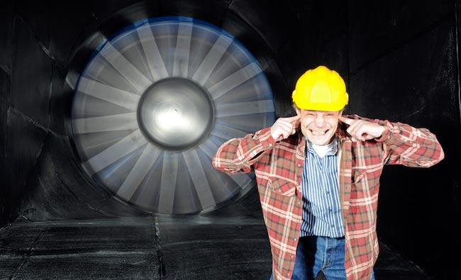 Почему шумит промышленный вентилятор?